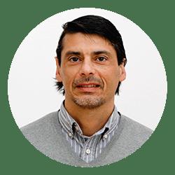 Dr. Gustavo Ferres